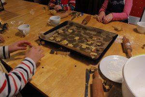 Weihnachtsbäckerei im jwd