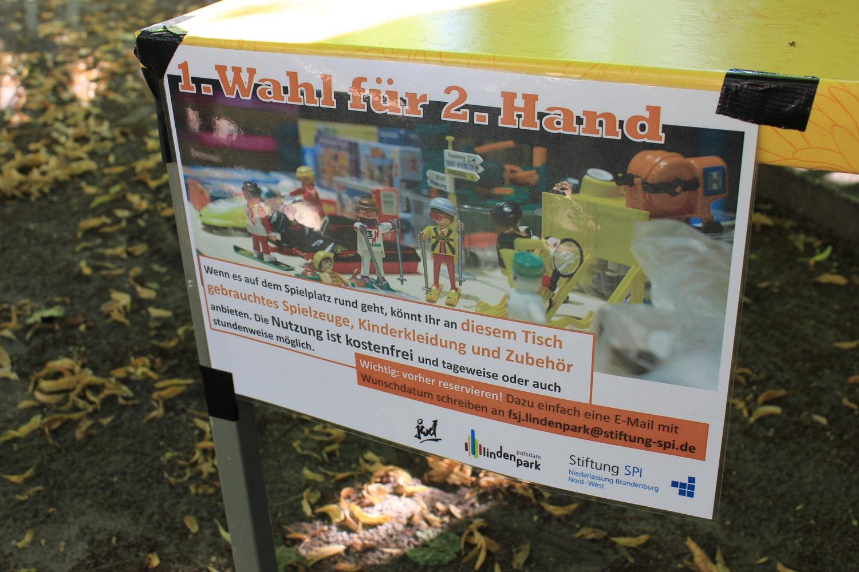 Second Hand Tisch im Lindenpark
